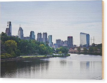 Philadelphia View From The Girard Avenue Bridge Wood Print by Bill Cannon