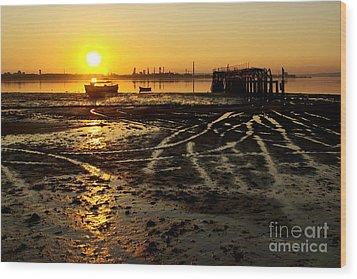 Pier At Sunset Wood Print by Carlos Caetano