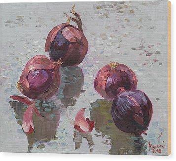 Red Onions Wood Print by Ylli Haruni