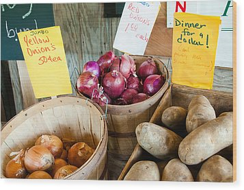 Roadside Produce Stand Onions And Potatoes Wood Print by Denise Lett