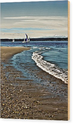Sailing The Puget Sound Wood Print by David Patterson