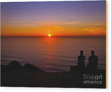 Share A Sunset To Start 2012 Wood Print by Carl Jackson