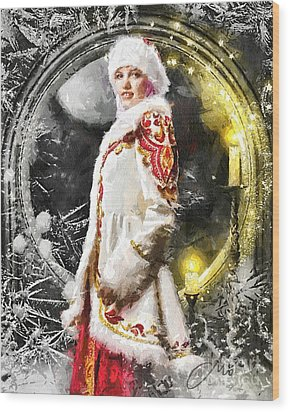 Snow Queen Wood Print by Mo T