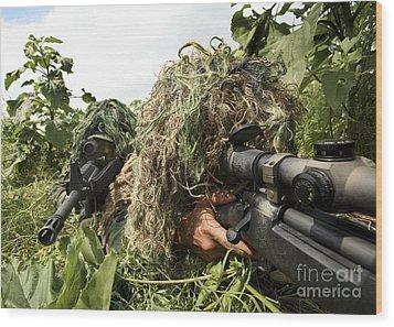 Soldiers Dressed In Ghillie Suits Wood Print by Stocktrek Images