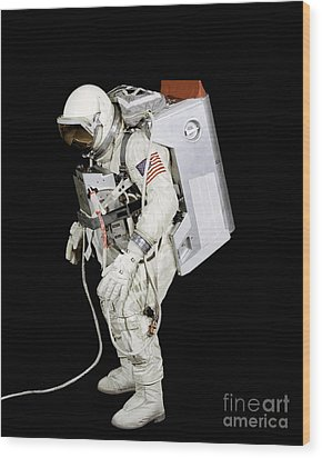Spacesuit Used By Gemini Viii Wood Print by Stocktrek Images
