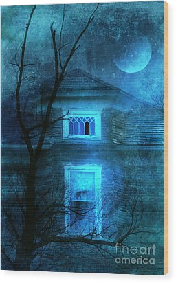 Spooky House With Moon Wood Print by Jill Battaglia