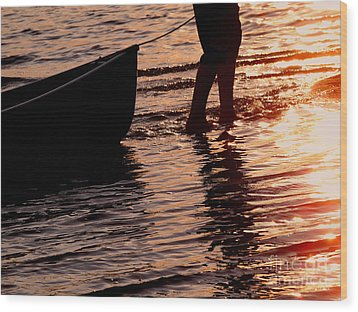 Summer Days - Canoeing At Sunset Wood Print by Angie Rea