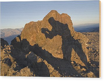 Sunrise Over Death Valley From Dantes Wood Print by Rich Reid