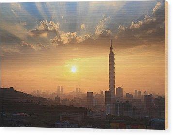 Sunset In Metropolitan Wood Print by Jhhuang