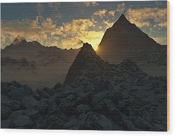 Sunset In The Stony Mountains Wood Print by Hakon Soreide