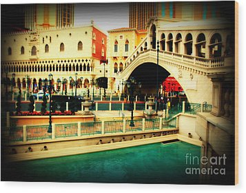 The Rialto Bridge Of Venice In Las Vegas Wood Print by Susanne Van Hulst