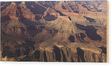 The Rugged Grand Canyon Wood Print by Andrew Soundarajan
