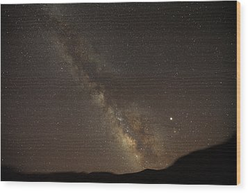 The Southern Milky Way Above Meteor Wood Print by Stephen Alvarez