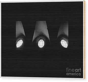 The Three Windows Of East View  Wood Print by Tammy Cantrell