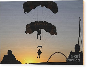 The U.s. Army Golden Knights Perform An Wood Print by Stocktrek Images