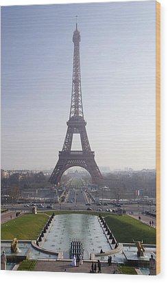 Tour Eiffel Wood Print by Rod Jones