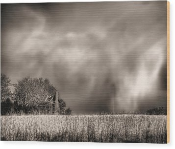 Trouble Brewing Bw Wood Print by JC Findley