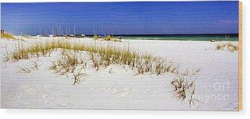 Umbrellas On The Beach Wood Print by Judi Bagwell