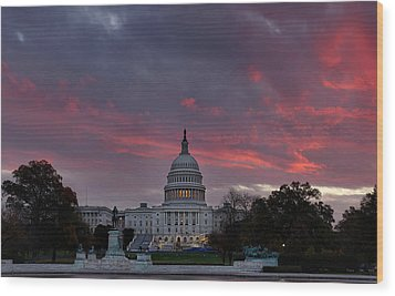 Us Capitol - Pink Sky Getting Ready Wood Print by Metro DC Photography