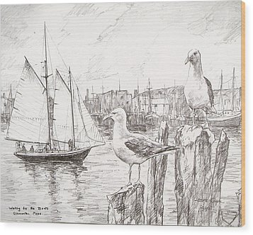 Waiting For The Boats Wood Print by Leslie Cope