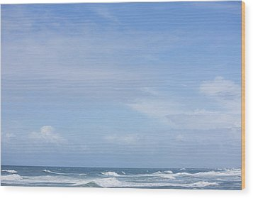 Waves And Sky Wood Print by David Freund