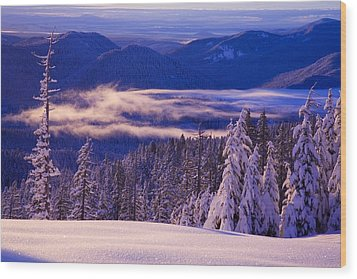 Winter Snow, Cascade Range, Oregon, Usa Wood Print by Craig Tuttle
