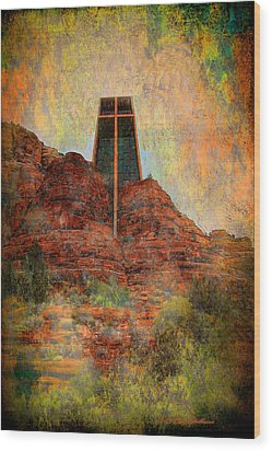 Worship In Sedona Wood Print by Dale Stillman