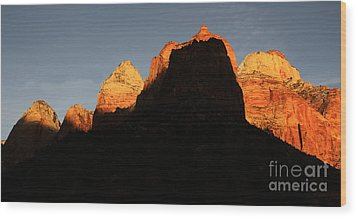 Zion The Great Wall Wood Print by Bob Christopher