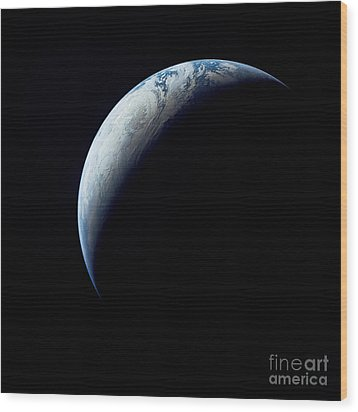 Crescent Earth Taken From The Apollo 4 Wood Print by Stocktrek Images