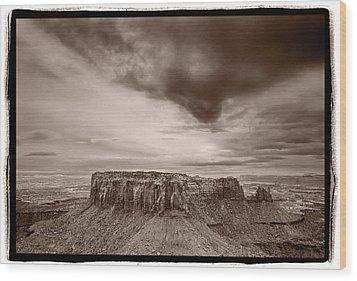 Grandview Canyonlands National Park Utah Wood Print by Steve Gadomski