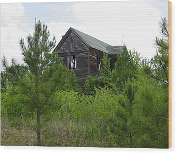 Haunted House Wood Print by Quwatha Valentine