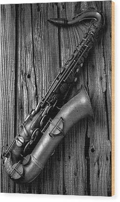 Old Sax Wood Print by Garry Gay