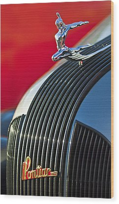 1935 Pontiac Sedan Hood Ornament Wood Print by Jill Reger