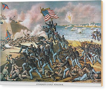 Battle Of Fort Wagner, 1863 Wood Print by Granger