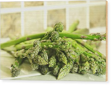 Green Asparagus Wood Print by Blink Images