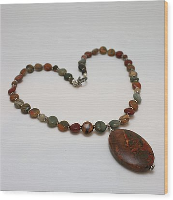 3600 Picasso Jasper Necklace Wood Print by Teresa Mucha