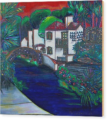 Arneson Theater Wood Print by Patti Schermerhorn