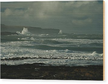 Big Sea. Slope Point Wood Print by Terry Perham