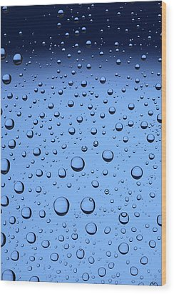 Blue Water Bubbles Wood Print by Frank Tschakert