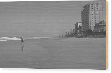 Body Boarding In Black And White Wood Print by Mandy Shupp