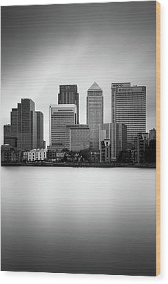 Canary Wharf II, London Wood Print by Ivo Kerssemakers