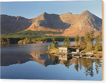 Canoe Club In Connemara Ireland Wood Print by Pierre Leclerc Photography