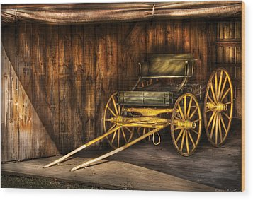 Car - Wagon - The Old Wagon Wood Print by Mike Savad