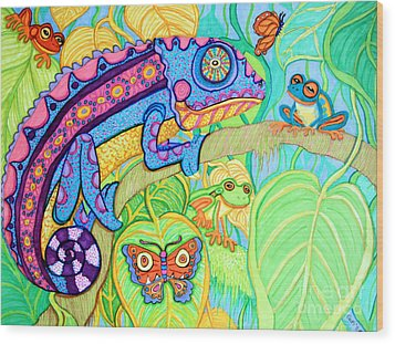 Chamelion And Rainforest Frogs Wood Print by Nick Gustafson