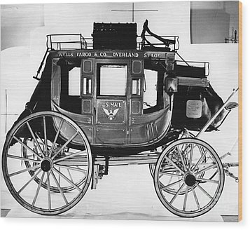 Concord Stagecoach Wood Print by Photo Researchers, Inc.