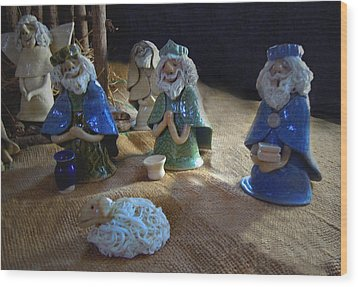 Creche Kings Wood Print by Nancy Griswold