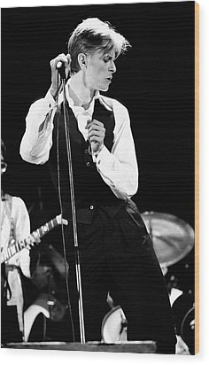 David Bowie 1976 #2 Wood Print by Chris Walter