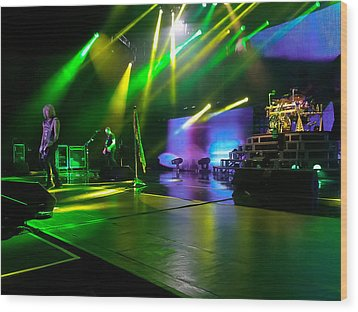 Def Leppard At Saratoga Springs Wood Print by David Patterson