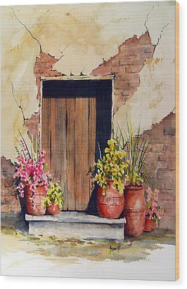Door With Pots Wood Print by Sam Sidders