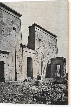 Egypt: Temple Of Isis Wood Print by Granger
